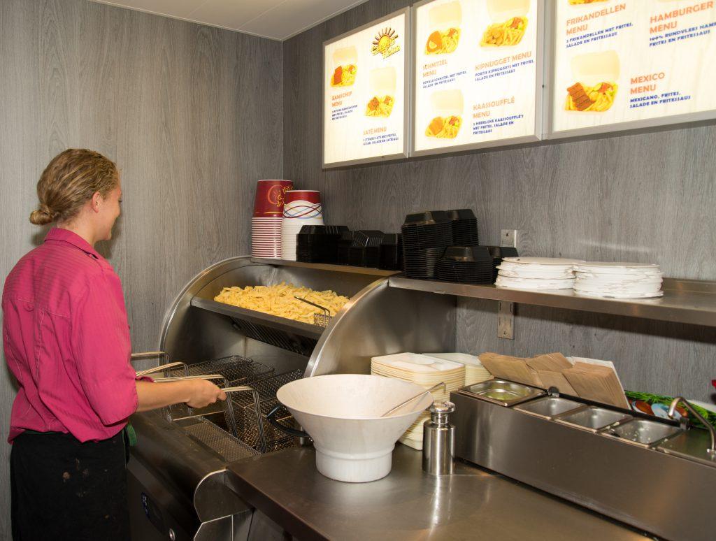Snackbar voor afhalen in Heino bij Camping Heino